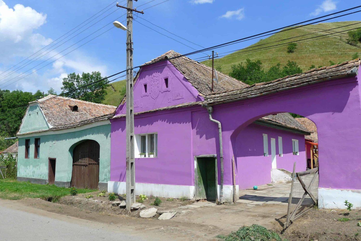 Fasady domów w Transylwanii