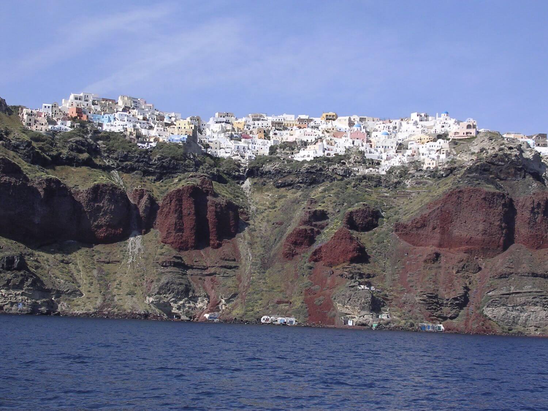 300-metrowa kaldera na Santorini, Cyklady