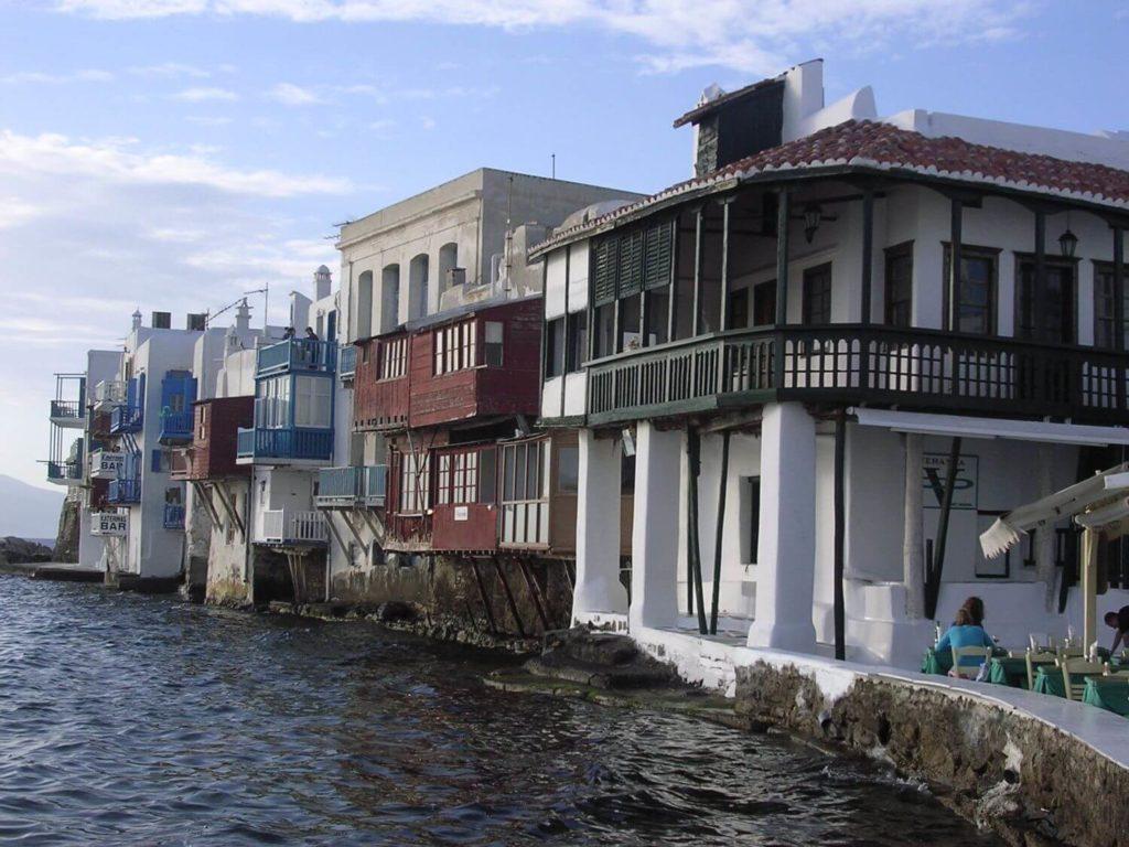 """Domy zanużone w wodzie, """"Mała Wenecja"""", Mykonos, Cyklady"""