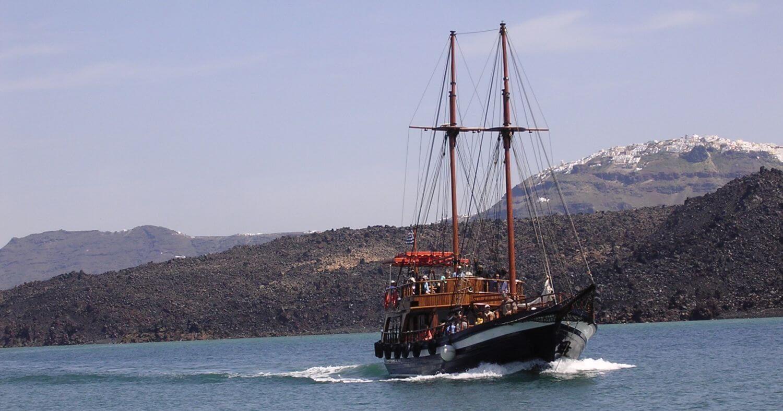 Statek na Nea Cameni, Cyklady