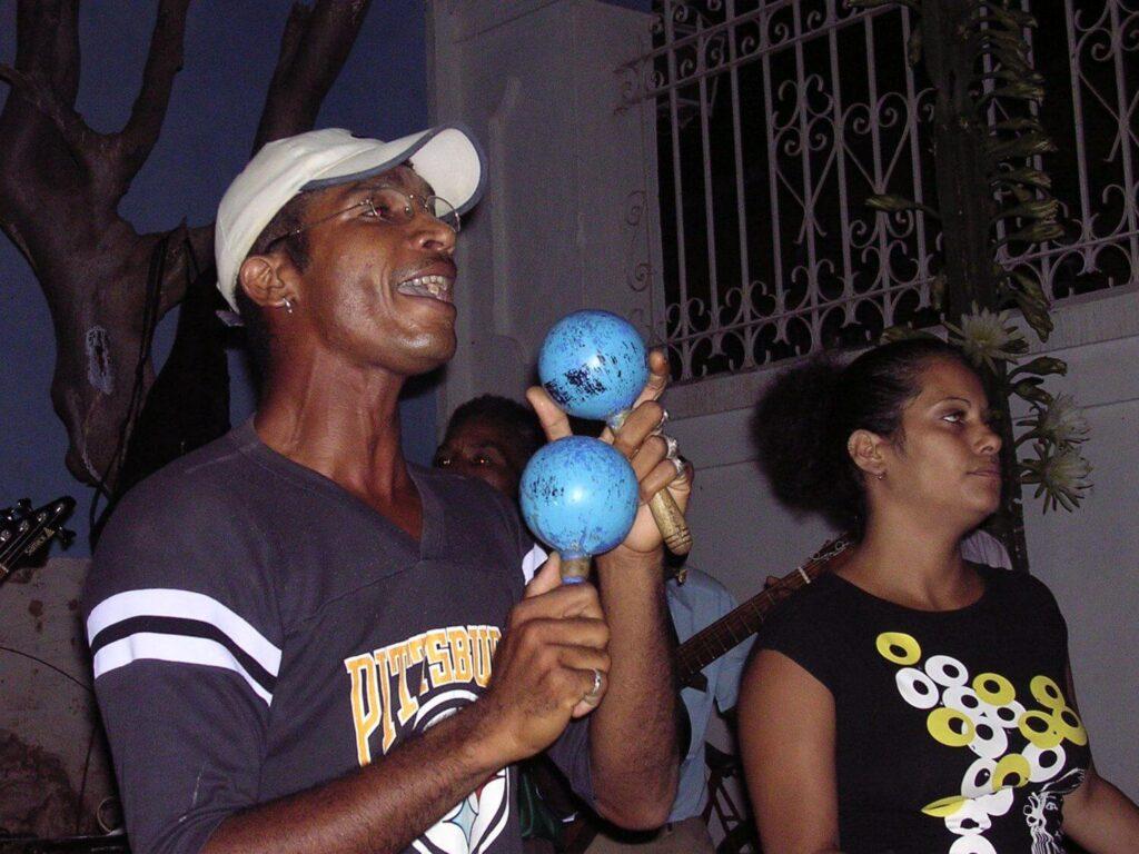 Spontaniczny koncert na ulicach Trinidadu