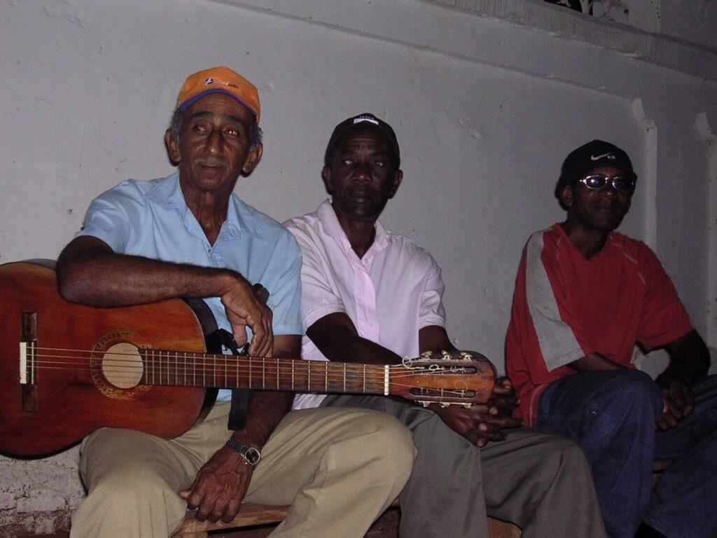 Muzycy uliczni Trinidad Kuba